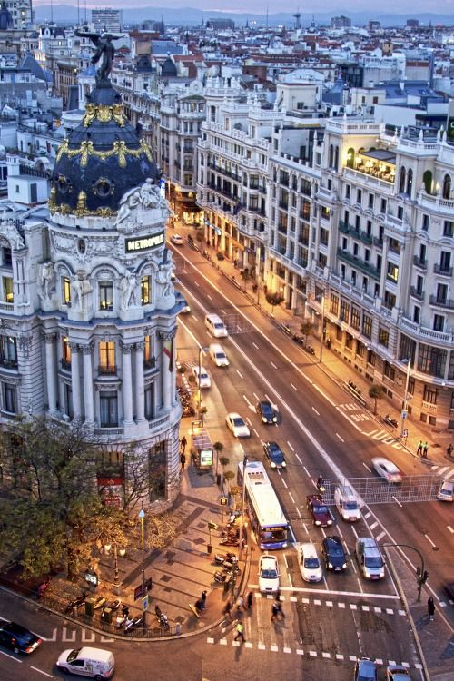 Gran Via, Madrid (1)